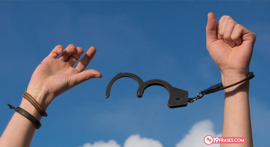 38 Frases Y Pensamientos Sobre La Libertad